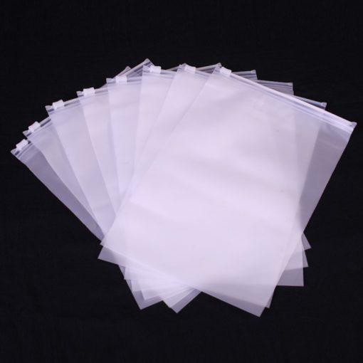 ถุงซิปล็อค ถุงซิปเลื่อน ถุงPVC แบบบาง ผิวด้านสัมผัสนุ่มสีขาวใสขุ่น พลาสติกอย่างดี ถุงปากรูด ถุงเสื้อ แพ็คสินค้าพรีเมี่ยม